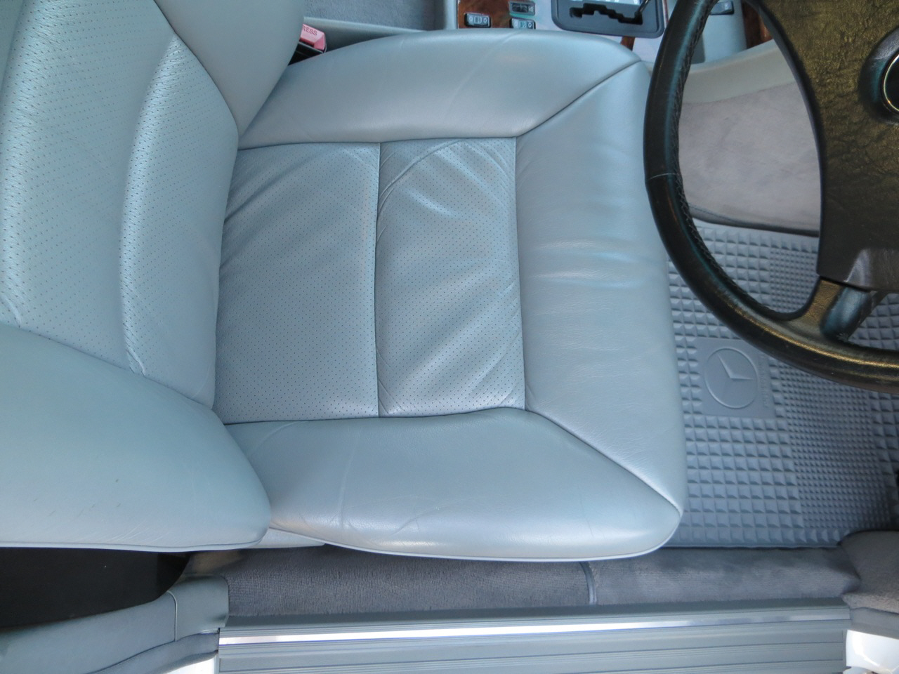 Rubber mats edenvale - The Car Has Never Been Smoked In And Still Smells Like A New Mercedes Interior Original Rubber Floor Mats Still Sparkle